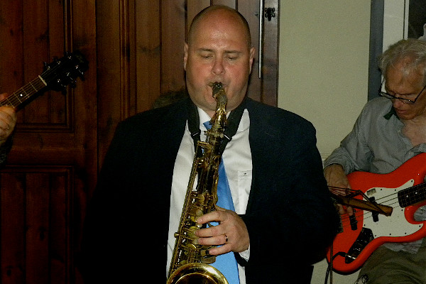 Colin playing tenor sax with John Blackwell (guitar), Nick Rixen (piano), Bill Worrall (bass) and Paul Canton (drums) (photo by Carolyne Sibley-Harris)